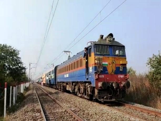 विशाखापट्टनम-निजामुद्दीन-विशाखापट्टनम स्पेशल ट्रेन जनवरी माह में दो बार रहेगी रद्द
