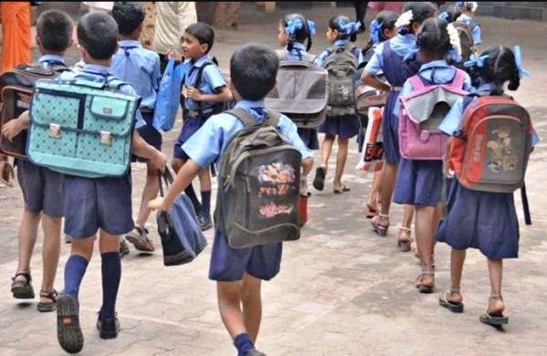 स्कूल खोलने के मामले में अपनी जिम्मेदारी से पीछे हट रही सरकार-मीना वर्मा