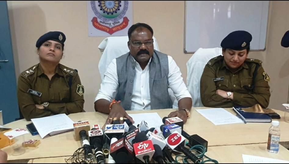 72 लाख रुपए के अवैध गोल्ड स्टिफ सिगरेट के साथ दो आरोपी पुलिस की गिरफ्त में