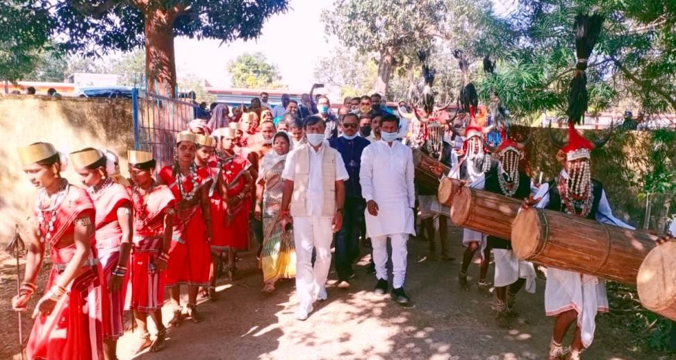 बास्तानार में ग्रामीण आजीविका मिशन बिहान बैक लिंकेज शिविर का हुआ आयोजन