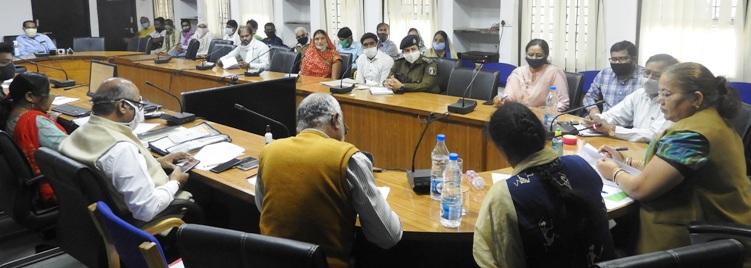 किशनपुर हत्याकांड में फाॅरेंसिक एक्सपर्ट करेगी पुनः जांच, महिला आयोग के व्यय पर