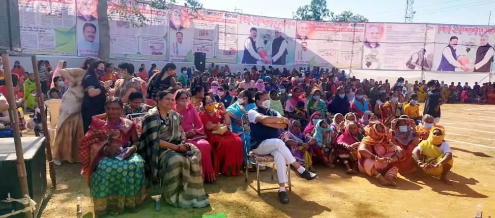 महिला सशक्तिकरण महोत्सव के प्रतिभागियों को किया गया पुरस्कृत