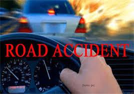 वाहन के पलट जाने से 15 की मौत 2 घायल जलगाँव जिले के यावल तालुका में