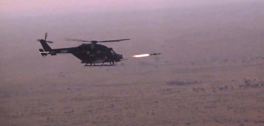 'हेलिना' और 'ध्रुवस्त्र' एंटी टैंक गाइडेड मिसाइल सिस्टम्स का सफल परीक्षण