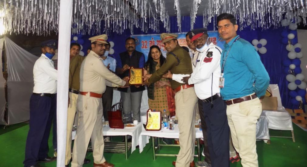 जागरूकता अभियान में सक्रिय भागीदारी निभाने वालो का किया गया सम्मान