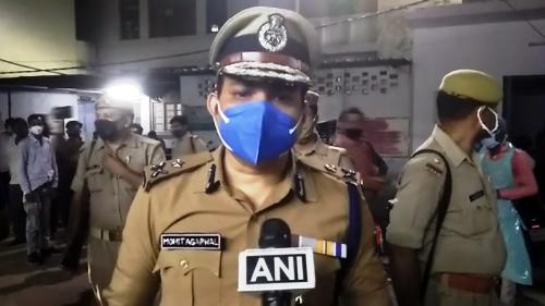 कानपुर के सचेंडी इलाके में एक वातानुकुलित बस व् आटो की टक्कर में 17 लोगों मौत