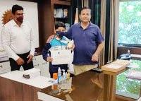 12 वर्षीय अकुल शर्मा इंडिया बुक आफ रिकार्ड होल्डर व् प्रशिक्षकों का किया सम्मान