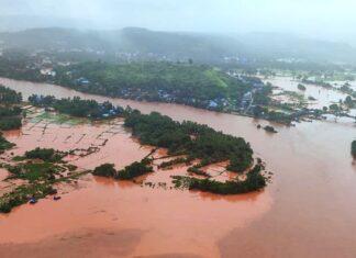 भुस्ख्नल होने से महाराष्ट्र रायगढ़ के तलाई गांव में 35 लोगों की गई जान
