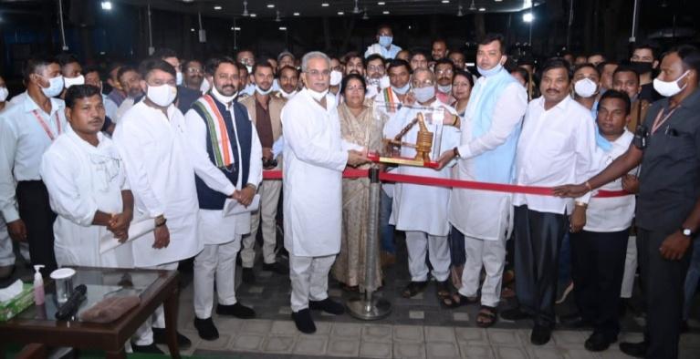 36गढ़ प्रदेश साहू संघ का प्रतिनिधिमंडल मिला मुख्यमंत्री भूपेश से जताया आभार