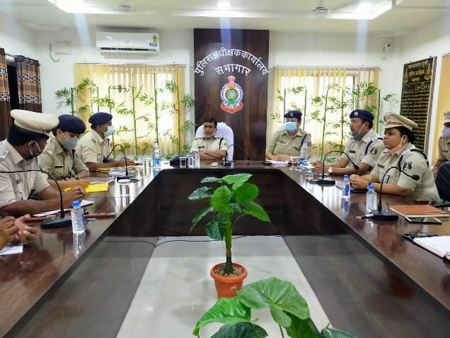 युवा IPS दिव्यांग पटेल ने संभाली जिले की कमान,फरियादी को मिलेगा विशेष महत्व